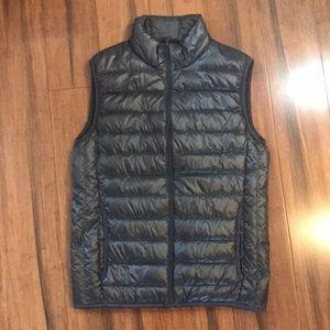 Like New Lightweight Puffer Vest Size XS